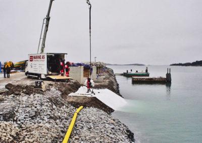 EB_marine_erosjonssikring_erosion_control_betong_betongmadrass_seperajonsduk_concrete_mat_harbour_kaisikring_forskaling_duk_dykker_diver